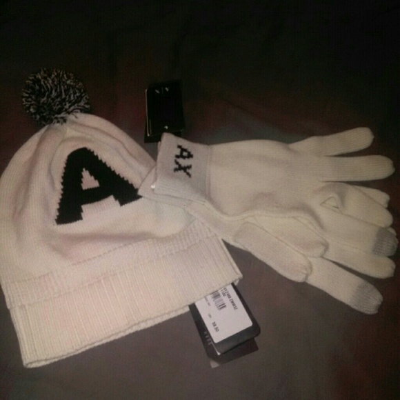 Armani Exchange winter hat   gloves unisex new b5befa04290